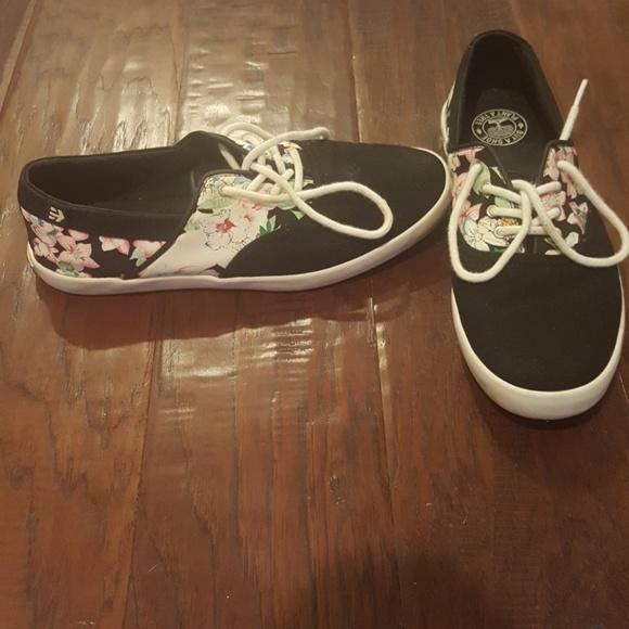 3132c4312 Etnies Shoes - Etnies Corby W floral shoe